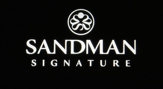 sandman-signature-hotel